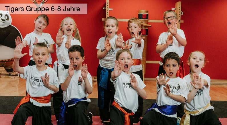 Kinder Kung Fu Kampfsport Singen